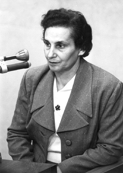 Rita Yoselewska testifying at Eichmann trial