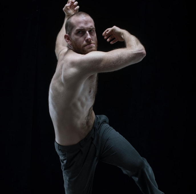 JOHN (2014) du DV8 Physical Theatre (Lloyd Newson). © Hugo Glendinning